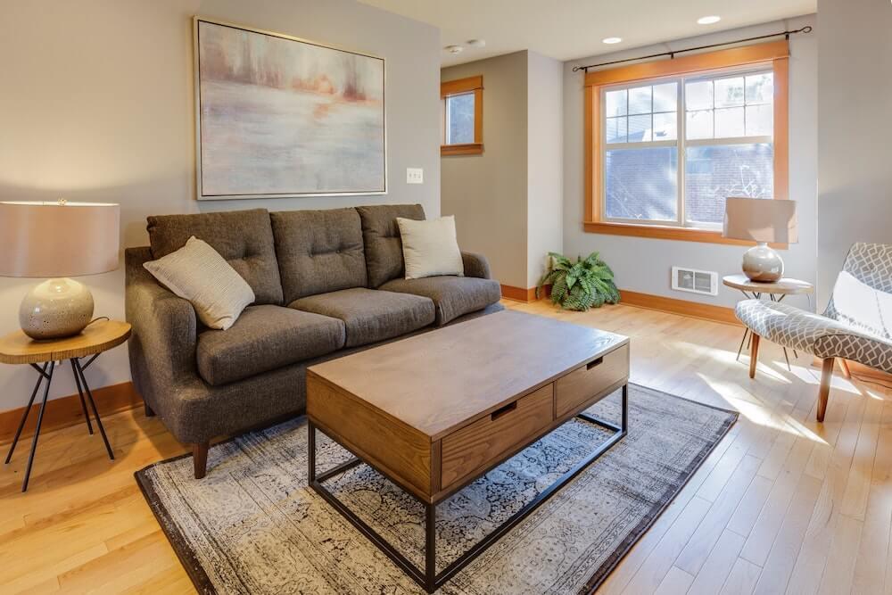funkcjonalna i wygodna sofa